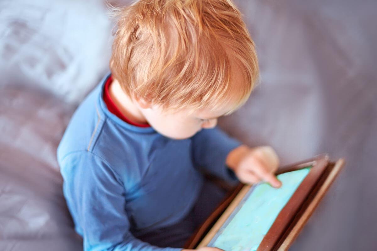 Behindern Tablets die Sprachentwicklung?
