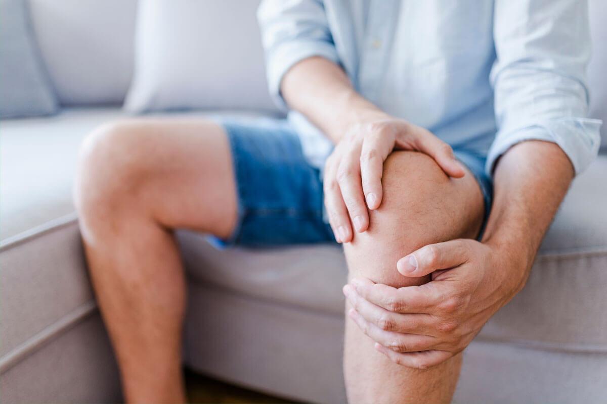 Knieschmerzen – mögliche Ursachen im Überblick