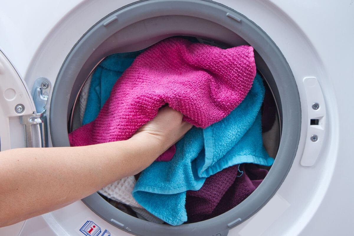 Muffige Wäsche wegen Keimen