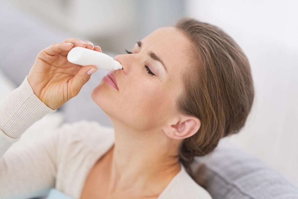 Nasensprays richtig anwenden