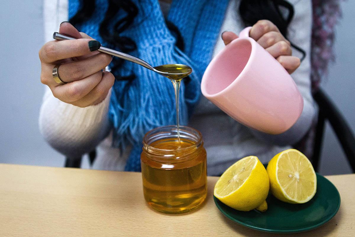 Mit Honig gegen Husten